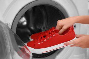 راهنمای شستن کتانی درون ماشین لباسشویی بدون اینکه آسیب ببیند
