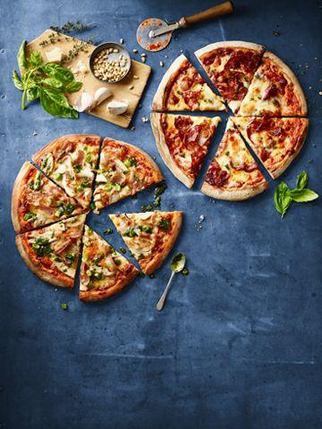 طرز تهیه پیتزا پپرونی در مایکروفر