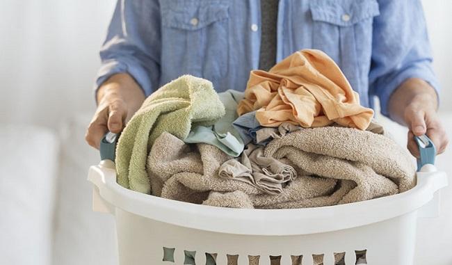 اضافه کردن لباس های جامونده به ماشین لباسشویی
