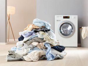 چه چیزهایی را نباید در ماشین لباسشویی بیندازیم؟