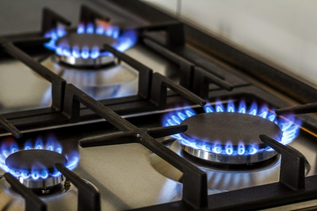 اجاق گاز خوب ایرانی یا خارجی؟ کدامیک را انتخاب کنیم؟