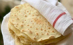 با طرز تهیه نان بربری سنتی تنور خانهتان را گرم کنید