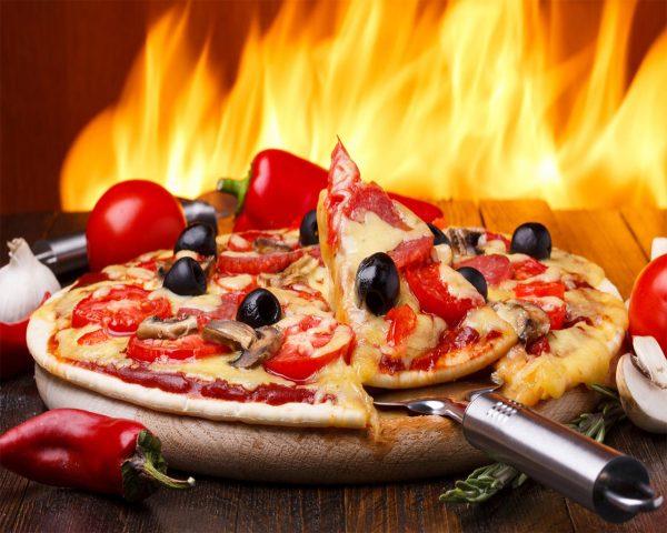 پخت سریع پیتزا در هفت دقیقه با تکنولوژی توربوفن اجاق گاز شف