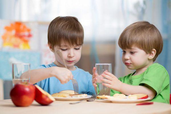 یک برنامه غذای سالم برای کودکان چطور میتواند روی زندگی بچهها اثر بگذارد؟