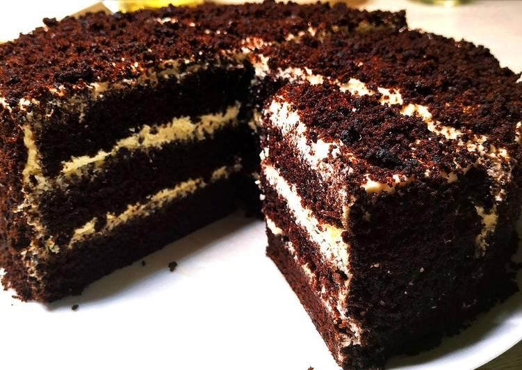 کیک شکلاتی آسان و خوشمزه مرحله به مرحله